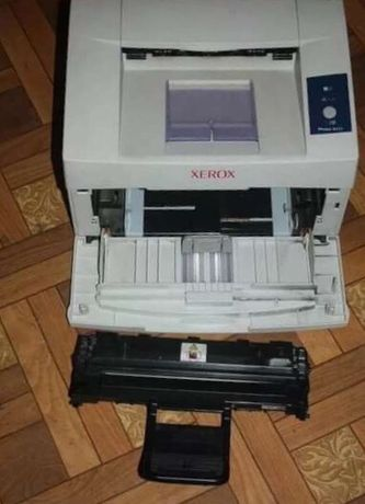 Продаю принтер phaser xerox 3117