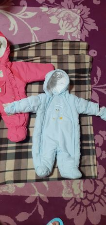 Продам детские куртки с 0 до 3 месяцев
