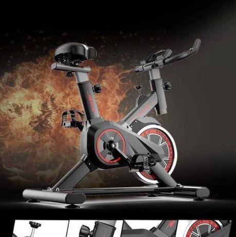Bicicletă stationara pentru fitness, greutate maxima suportata 150 kg
