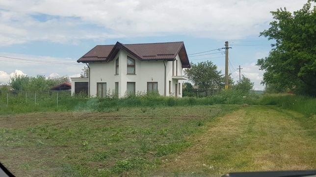 Casa de vânzare.