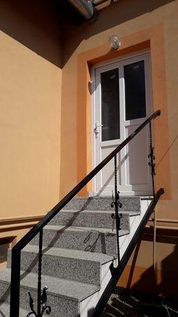 Apartament tip garsoniera la casa