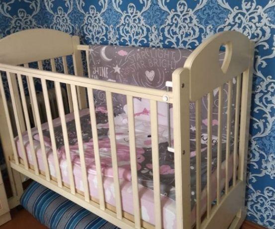 Кровать детская  с колыбелью