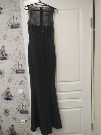Продам платье вечернее в пол