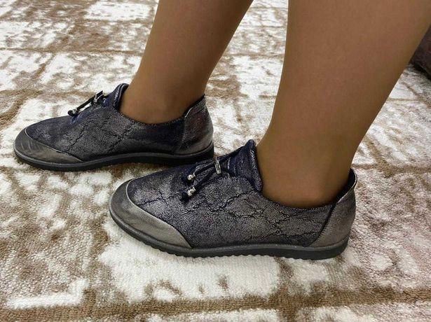 Стильные весенние и осенние ботинки