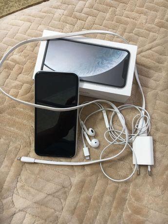 Телефон Iphone XR. 128 гб