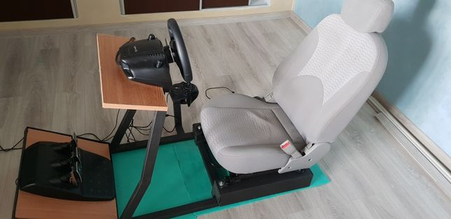 Playseat + volan g920