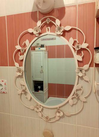 Oglinda dantelata pentru mireasa