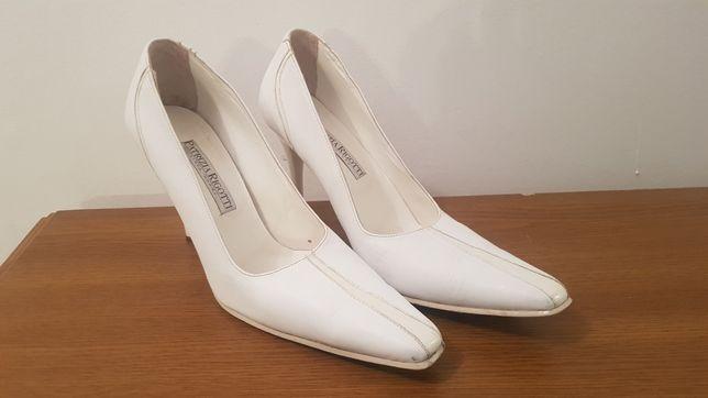 Pantofi albi din piele mar 38