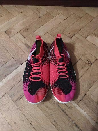Маратонки Nike 38