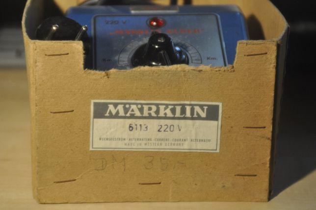 Marklin, doua alimentatoare pentru trenulete