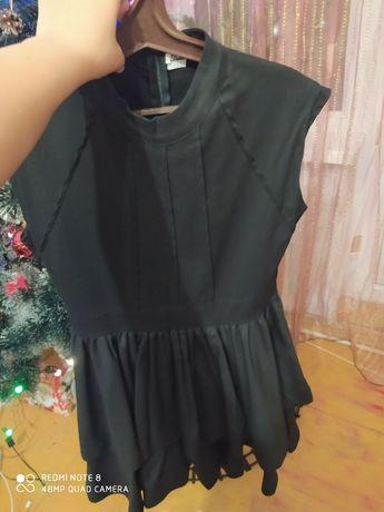 Продам платье 44-46 размер