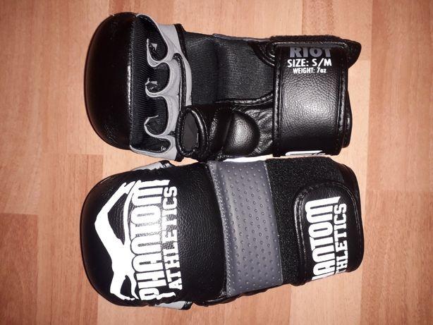 Mănuși MMA,noi,nefolosite.