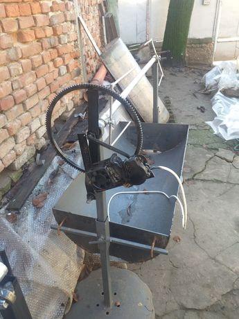 Rotisor electric