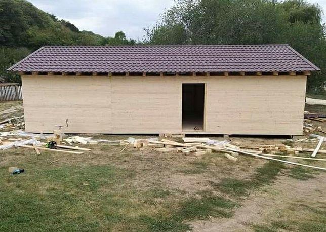 Vindem case din lemn