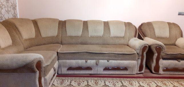Белорусский качественный диван в отличном состоянии