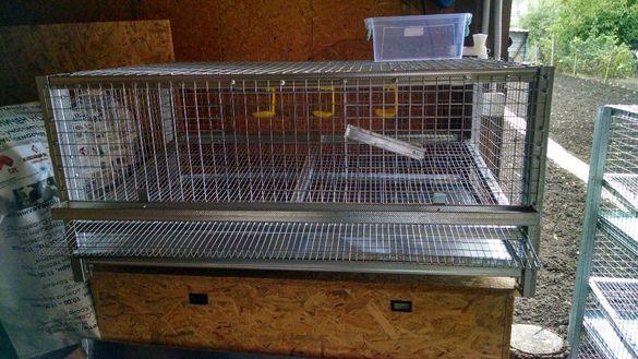 Оборудвани клетки за пъдпъдъци и кокошки