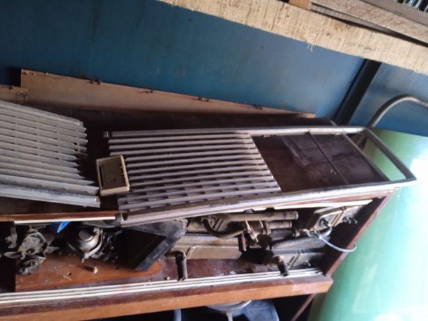 Решетка радиатора Ваз 2106 и Газ 24 Волга.