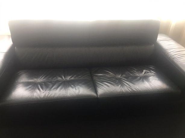 Canapea imitatie piele