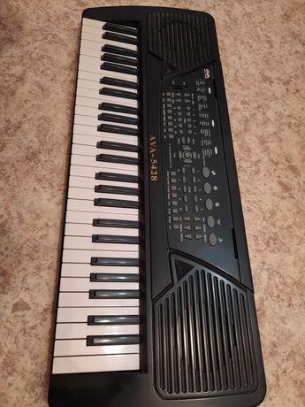 Продам синтезатор или обмен на гитару