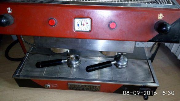 Продавам професионална кафемашина Brazilia