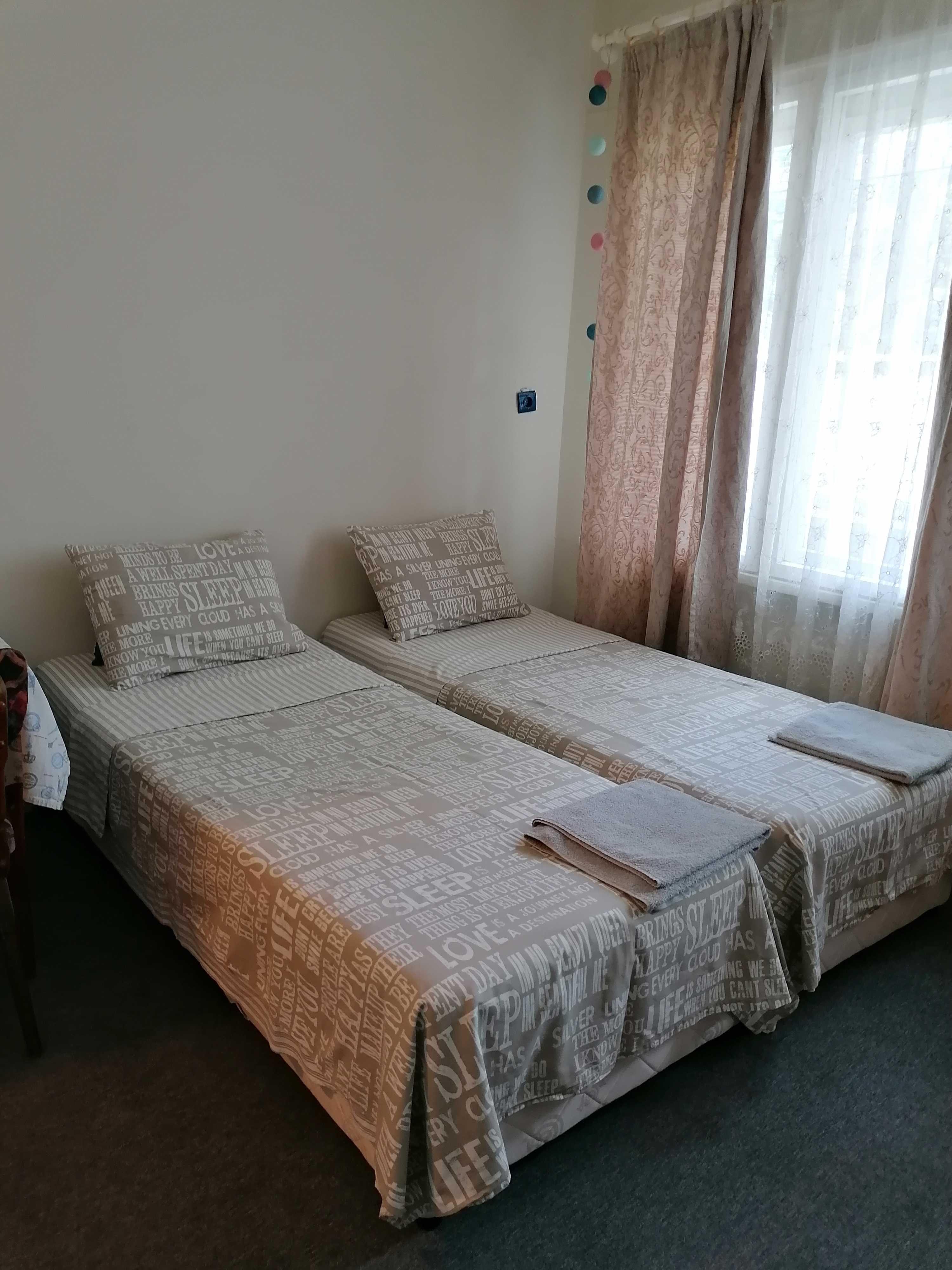 Самостоятелно студио с 2 легла в центъра на гр.Варна - 35лв на вечер