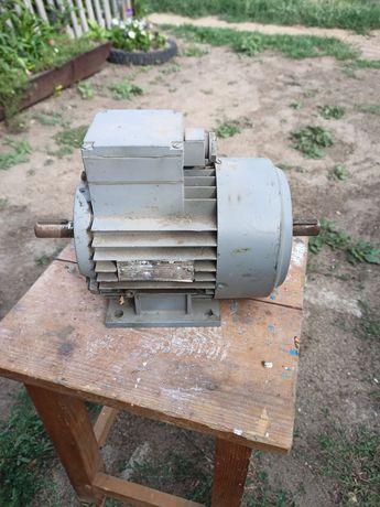 Электромотор полторатысячник