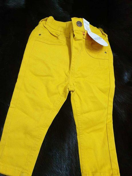 Pantaloni marca Indigo by Marks Spencer,  galbeni, superbi