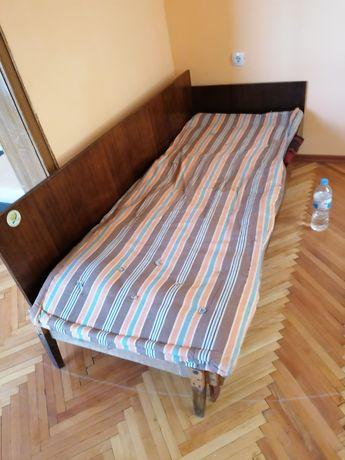 Легло с размери 2/1 м.