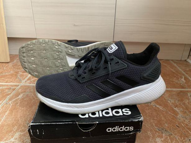 Кроссовки Adidas , б/у, 37-38 размер, модель Duramo 9