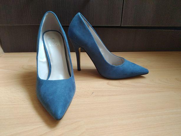 Pantofi stiletto 39
