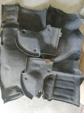 Обшивки багажника