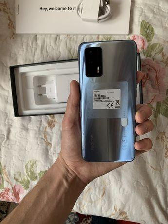 Срочно продаю Realme GT 5 G 128 gb