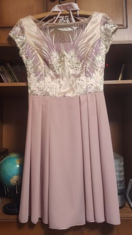 Vand rochie marimea S roz pal