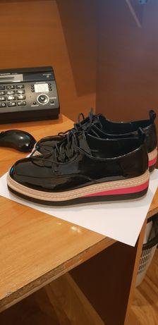 Удобная, стильная обувь