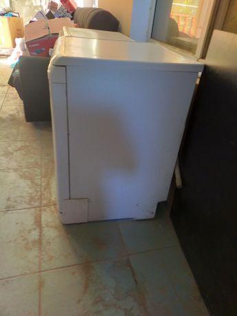 Продам стиральную и посудомоечная машина.