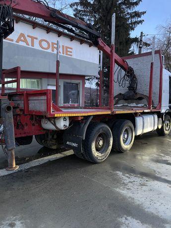 Vand camion forestier transport lemn busteni