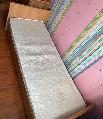 Продам кровать 92*206