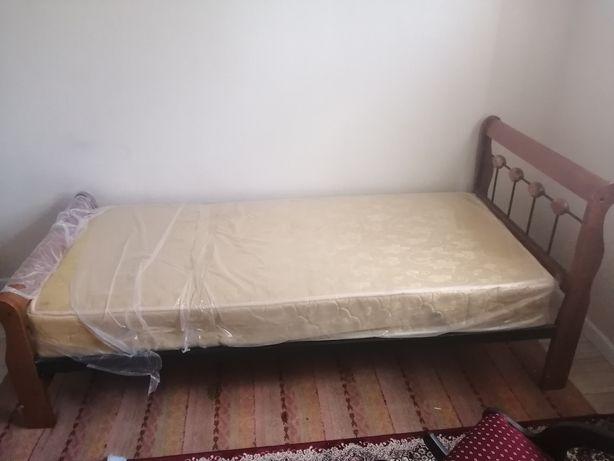 Кровать из металла малазиский