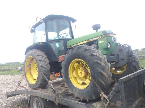 Dezmembrez Tractor John Deere 2140
