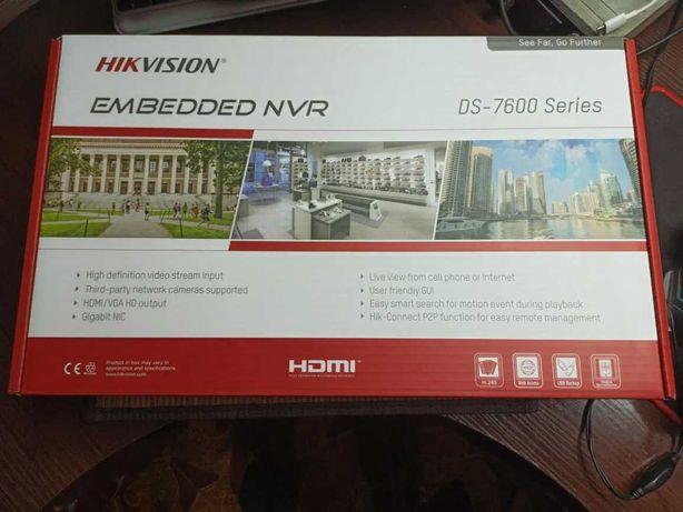 iP-регистратор Hikvision DS-7616NI-Q1