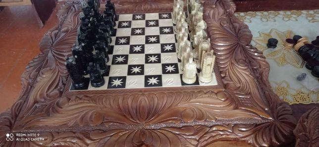 Нарды + шахматы, дерево, 80*80 см.