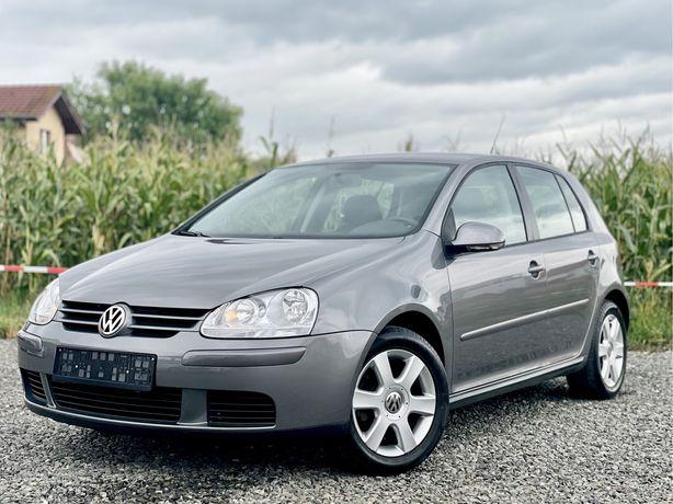 VW Golf 5 United / 1.4 benzina 2007 / Impecabil / KM PUTINI