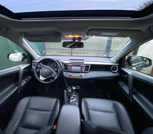 Toyota RAV4-Automata-4x4-Navi-Camera-Incalzire-Xenon-Led-Piele-Trapa