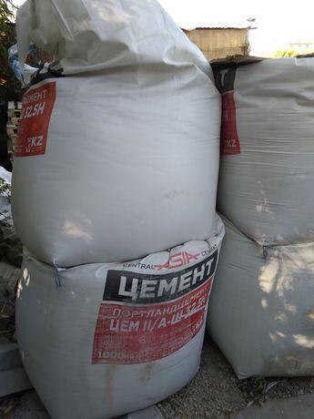 Цемент в биг-бег мешках по 38000