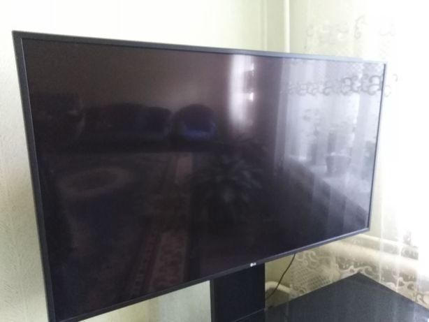 Продаётся телевизор.