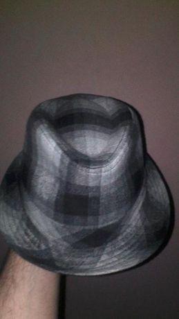 vand palarie H&M fashion noua.produs de calitate,import Anglia