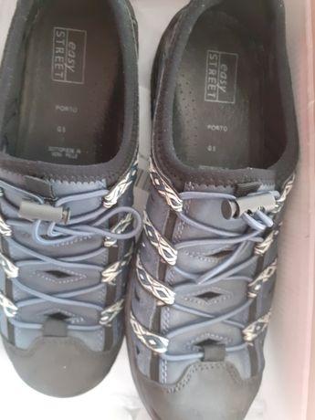 Дамски маратонки/обувки easy street.