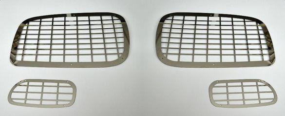 Комплект предпазни решетки / декорация за предни светлини на Мерцедес