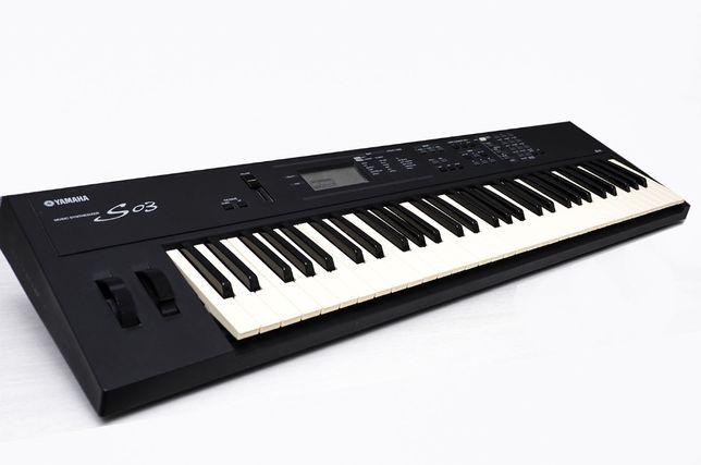синтезатор YAMAHA S 03
