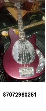 Продам бас гитару Music Man пр-во USA